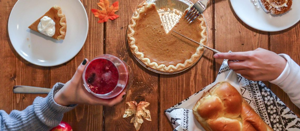 6 tips for a safe Thanksgiving during COVID-19. Roseman Medical Group's Dr. Bruce Morgenstern provides tips for a safe Thanksgiving during COVID-19.